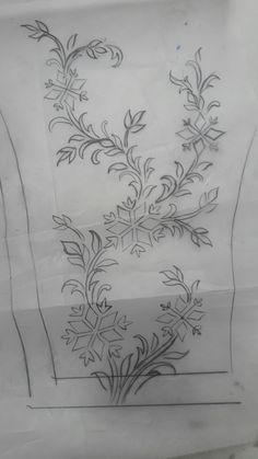 Zardozi Embroidery, Couture Embroidery, Embroidery Motifs, Gold Embroidery, Machine Embroidery, Geometric Stencil, Border Embroidery Designs, Owl Tattoo Design, Pencil Design