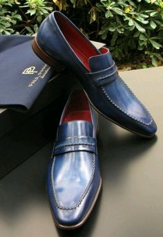 """lavishlawyer: """" PAUL PARKMAN represents a handmade sophisticated brand of luxury man's footwear which is one of the highest quality men's dress shoes on the market. Mens Loafers Shoes, Loafer Shoes, Men's Shoes, Shoe Boots, Dress Shoes, Shoes Men, Dress Clothes, Luxury Man, Business Casual"""