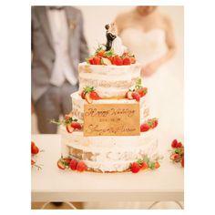 スポンジが薄く見えるホワイトネイキッドケーキまとめ | marry[マリー] Cake Designs, Chocolates, Wedding Cakes, Weddings, Cream, Desserts, Food, Cake Templates, Wedding Gown Cakes