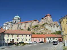 Esztergom – la petite perle du Danube   #Esztergom #Hongrie Sites Touristiques, Czech Republic, Hungary, Austria, Poland, Explore, Group, Mansions, House Styles