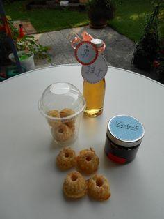 Holunderblütensirup  Schoko-Macadamie-Creme  Apfel-Orangen-Minigugl