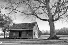 Would love to have this print Country Life, Barn Houses, Cabin, House Styles, Home Decor, Country Living, Homemade Home Decor, Pole Barn Homes, Cabins