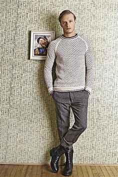 Ravelry: Islender genser pattern by Sandnes Design Icelandic Sweaters, How To Purl Knit, Sweater Weather, Knit Crochet, Men Sweater, Knit Sweaters, Knitting, English, Men's Knits