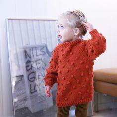 Knæsj, på en ellers grå mandag! #paelas #strikkedilla #instaknit #knitting #popcorngenser #paelaspopcornsweater #paelaspopsweater
