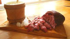 Foto: Britt Boyesen / NRK Deserts, Food And Drink, Beef, Foods, Traditional, Caramel, Meat, Food Food, Food Items