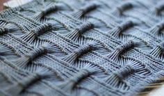 Knitting - Designed by OLGAJAZZY: Suke Suke infinity shawl $ Pattern on Ravelry