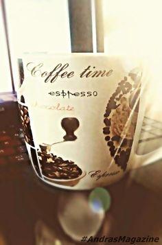 Atat timp cat respectam o doza zilnica recomandata, cafeaua poate avea efecte benefice asupra noastra. Important este sa nu depasim 3 cesti de cafea pe zi deoarece aceasta devine o dependenta si va…