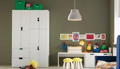 Aufbewahrungssysteme für Kinderzimmer wie z. B. STUVA Aufbewkomb.+Türen/Schubladen, weiß