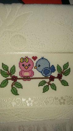 Towel with Cross-Stitch Mini Cross Stitch, Cross Stitch Cards, Cross Stitch Alphabet, Cross Stitching, Wool Embroidery, Cross Stitch Embroidery, Embroidery Designs, Cross Stitch Designs, Cross Stitch Patterns
