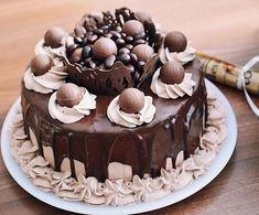 Homemade cakes and other recipes - Recipes Delicious Chocolate Desserts, Chocolate Cake, Delicious Chocolate, Romanian Desserts, Cake Recipes, Dessert Recipes, Beautiful Desserts, Food Cakes, Homemade Cakes