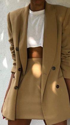 adf02569336ed 1224 najlepších obrázkov na tému Fashion za rok 2019 | Fashion looks ...