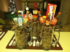 Searching for an inexpensive Christmas gift for a co-worker or neighbor? I struggled searching for co-worker gifts for both. Inexpensive Christmas Gifts, Diy Christmas Gifts, Holiday Crafts, Holiday Decor, Holiday Ideas, Homemade Gifts, Diy Gifts, Liquor Bouquet, Client Gifts