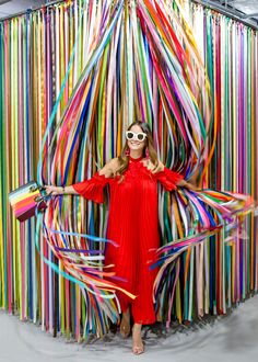 Looking for the newest colorful sensation? Well, The Color Factory San Francisco has you covered! This limited run pop up is nothing short of amazing! Display Design, Booth Design, Photowall Ideas, Instalation Art, Photo Zone, Party Set, Event Decor, Event Design, Pop Up