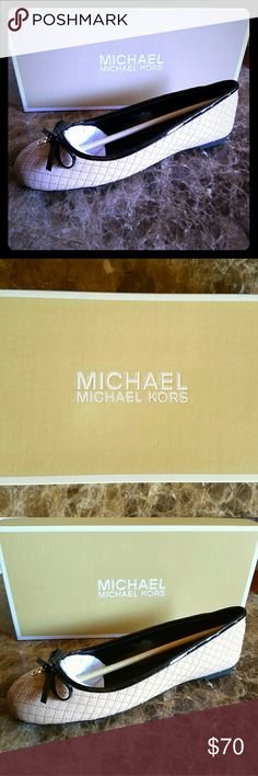 """Michael Kors """"Melody Quilted"""" Size 9 Flats Brand New, Never been worn, Original Box, Size 9, Color: Blush/Cream Bought this as a Christmas gift for my mom but goofed and got her the wrong size 😅 Michael Kors Shoes Flats & Loafers"""