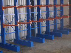 ReadyRack offers quality cantilever racking sale Melbourne, which has already earned fame from Melbourne's leading businesses for versatility and endurance. Metal Storage Racks, Storage Shelves, Storage Spaces, Shelving Ideas, Cantilever Racks, Melbourne, Racking System, Vertical Storage, Storage Facility