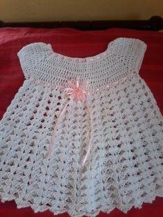 Vestido blanco de bebe