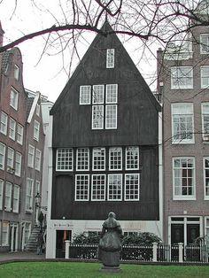 Puntgevel Amsterdam Begijnhof