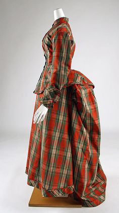 1873-76 Dress, American, wool. This is SO pretty. I'd love to wear this warm plaid on a winter day.