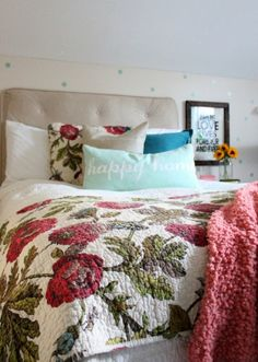 Love this cheery bedroom - the floral quilt and the polka dot walls eclecticallyvintage.com