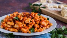 Make these soft pillows of homemade perfection for dinner tonight 😋 Save the recipe for Nanna's Gnocchi! Gnocchi Recipes, Pasta Recipes, Chicken Recipes, Dinner Recipes, Cooking Recipes, Potato Recipes, Potato Dishes, Yummy Recipes, Vegetarian Recipes