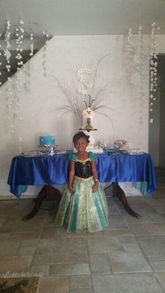 Frozen party, frozen dress