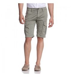 Mens knickers with side big pockets and back flap. http://shop.mangano.com/en/uomo/16597-bermuda-kashmir.html  #bermuda #menswear #fashion #knickers