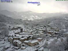 Neve a Fiumalbo (MO) sull'Appennino B & B, Places Ive Been, Mount Everest, Snow, Mountains, Nature, Travel, Centre, Italy