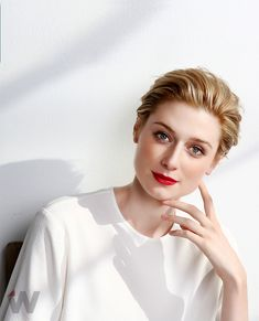 Elizabeth Debicki (August 1, 1990) Australian actress, o.a. known from the series of 'The night manager'.