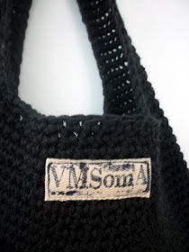 omⒶ KOPPA: virkatut kassit - ohje Burlap, Reusable Tote Bags, Fashion, Moda, Hessian Fabric, La Mode, Fasion, Fashion Models, Trendy Fashion