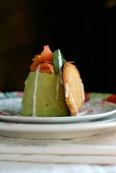 panna cotta salata ai piselli con crackers al parmigiano reggiano e fondutina