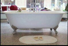 Bear Claw Tub