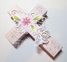 Mama Dini's Stamperia: Splitcoast Tutorial: Cross Box