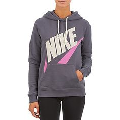 Αυτή τη σεζόν, υιοθετείστε ένα άνετο στυλ με αυτό το φούτερ σε γκρι χρώμα! Φτιαγμένο από βαμβάκι (80%) , ανήκει στη νέα συλλογή της γνωστής μάρκας Nike. Λυγίζουμε για αυτή την 100% στυλάτη εκδοχή. Athletic, Nike, Jackets, Fashion, Down Jackets, Moda, Athlete, Fashion Styles, Deporte