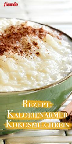 Recipe: Low-calorie coconut milk rice- Rezept: Kalorienarmer Kokosmilchreis You want to nibble body-consciously? Then exotic coconut milk rice is just the thing. Rice Desserts, Low Carb Desserts, Dessert Recipes, Snacks Recipes, Sandwich Recipes, Coconut Desserts, No Calorie Foods, Low Calorie Recipes, Coconut Milk Rice
