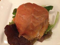 Taartje van gerookte zalm gevuld met kabeljauw, kaas en paddenstoelen « Eetsnob