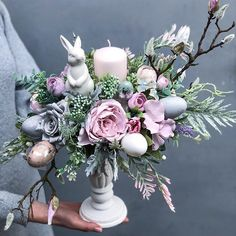 Summer Flower Arrangements, Artificial Floral Arrangements, Christmas Crafts For Adults, Easy Diy Christmas Gifts, April Easter, Easter Weekend, Easter Egg Crafts, Easter Projects, Easter Drawings
