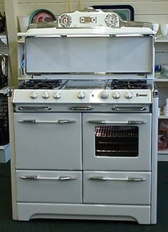 I would kill for an O'Keefe & Merritt Stove. My ancestors could have started that company! Who knows!