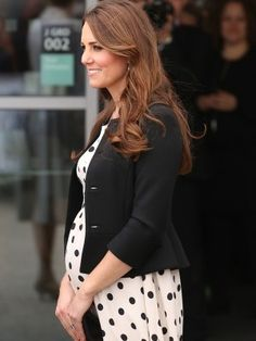 Kate Middleton Pregnancy Fashion: See Her Best Baby Bump Looks Now! Kate Middleton Pregnancy Fashion: See Her Best Baby Bump Looks Now! The post Kate Middleton Pregnancy Fashion: See Her Best Baby Bump Looks Now! appeared first on Baby Showers. Kate Middleton Height, Pippa Middleton, Prince George Alexander Louis, Prince William And Kate, Duchess Kate, Duchess Of Cambridge, Celebrity Moms, Celebrity Style, Celebrity Diets