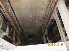 Abandoned Kempton Park Hospital - Down the lift shaft