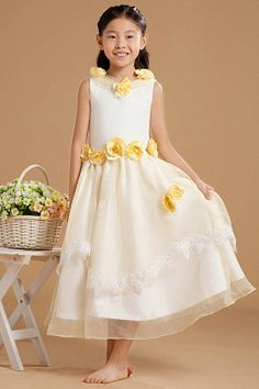 Sweet White Organza Flower Girl Dress - Order Link: http://www.theweddingdresses.com/sweet-white-organza-flower-girl-dress-twdn1126.html - Embellishments: Applique , Bowknot , Ruched; Length: Floor Length; Fabric: Organza; Waist: Natural - Price: 74.33USD