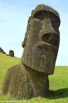 Moai by Jin Monica, via 500px
