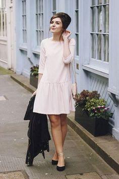 Chá da tarde Pink French Connection Drop Waist Dress Shell Bag Accessorize look Modest Fashion, Fashion Outfits, Womens Fashion, Fashion Trends, Dress Skirt, Dress Up, Pink Dress, Dress Shoes, Diy Kleidung