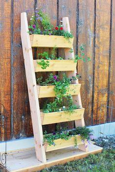 9 Best DIY Garden De