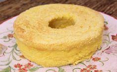 O Bolo de Milho Verde Cremoso é uma delícia! Sua massa não leva farinha, o que o deixa bem mais leve e macio. Ele combina com o seu café da manhã ou lanche