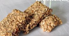 Hem diyet yapanlara ara öğün, hem bebeklere … Another great recipe without sugar. It is a snack for both dieters, finger food for babies and super delicious food for normal nourishers. Healthy Granola Bars, Chewy Granola Bars, No Gluten Diet, Fingerfood Baby, Great Recipes, Healthy Recipes, Baby Finger Foods, Health Snacks, Soup And Salad