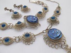 vintage jewelry sapphire blue pendant necklace by ShoponSherman,