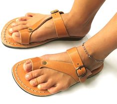 Jerusalem sandals 67 holy land sandals jesus sandals High quality Leather, ladies (European) sizes from 35 to (American sizes -Ladies- from size 5 to size Special requests are available for different sizes. Sport Sandals, Slide Sandals, Women Sandals, Shoes Women, Shorts Outfits Women, Casual Skirt Outfits, Jesus Sandals, Womens Training Shoes, Shoe Pattern