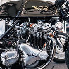 Vintage Norton at @saltcitybuilds custom bike show. #caferacer #vintage #norton…