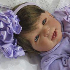Bebê Reborn Elen By Vandréia Silvestre.
