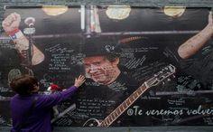 Cerati llega a cementerio La Chacarita | Noticias | teleSUR